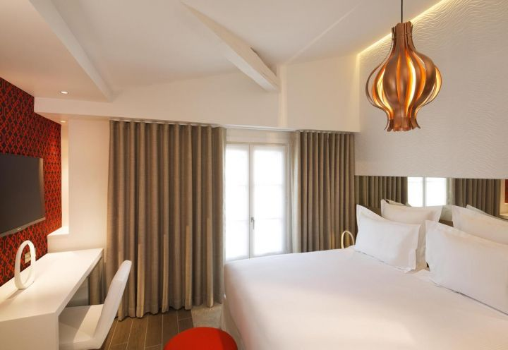 sypialnia z onion lamp