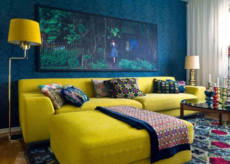 eklektyczny żółto turkusowy salon