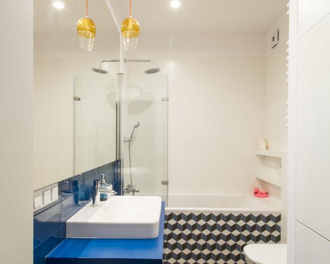 Niebieska łazienka