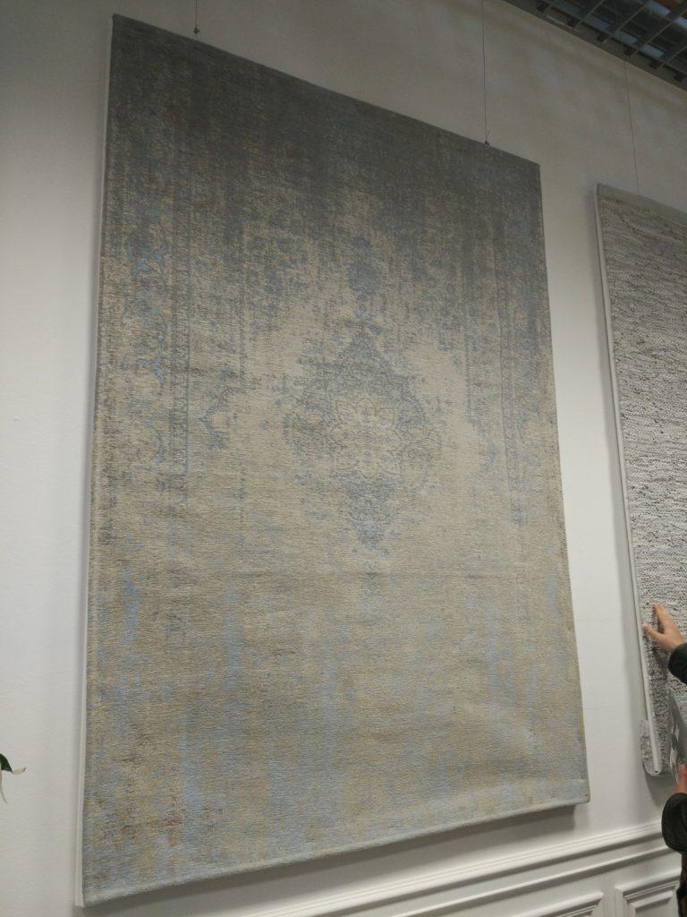 postarzany dywan