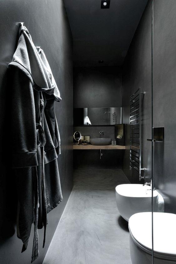 apartament w ciemnych kolorac