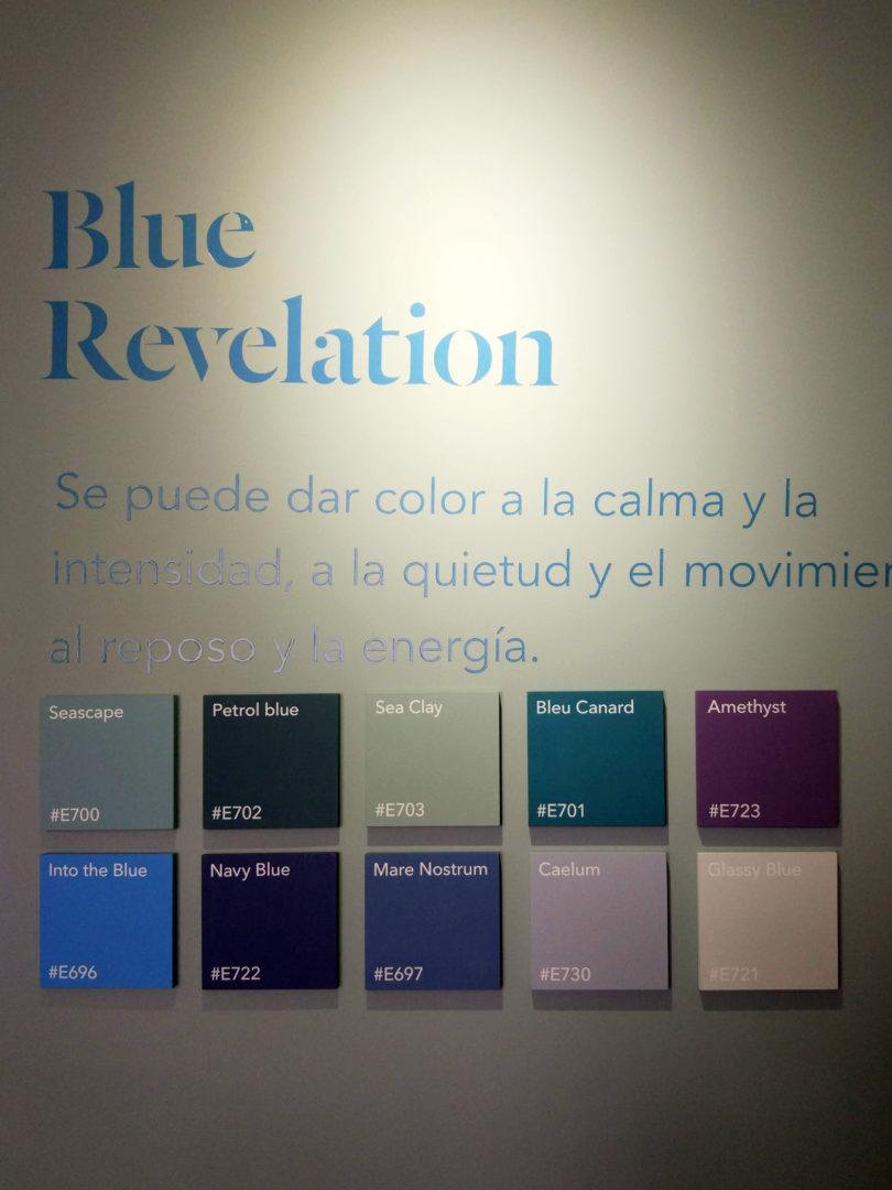 Trendy kolorystyczne niebieskie
