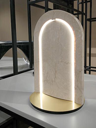 niesztampowa lampa