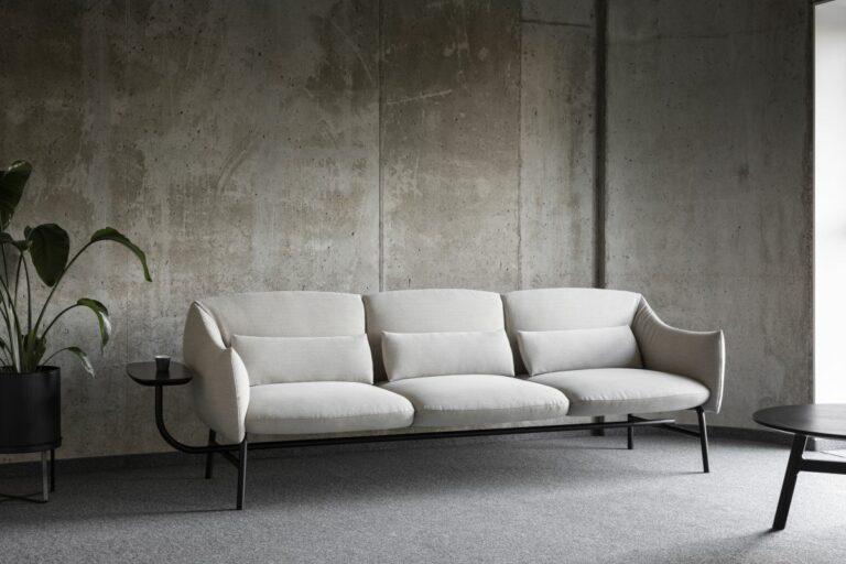 industrialne minimalistyczne wnętrze